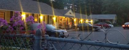 Lake Winnipesaukee Motel - Weirs Beach, NH
