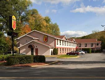 Super 8 Motel - Brattleboro, VT