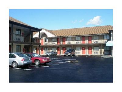 Econo Lodge Hotel - Norwalk, CT