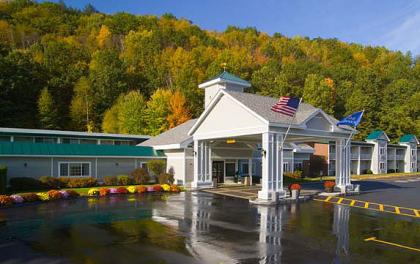 Holiday Inn Express - Springfield, VT